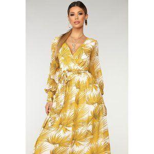 Gorgeous Yellow Floral Maxi Dress Size XS NWT!